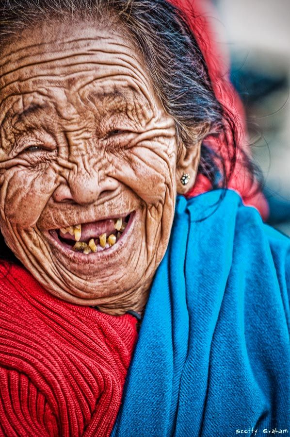 64 Funny Photos of Weird Laughing People - Mojly