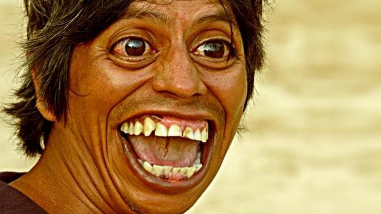 weird laughing people funny pics images mojly photos maxresdefault 001 64 Funny Photos of Weird Laughing People