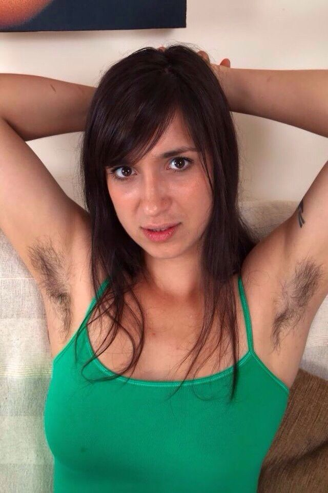 weird funny armpit of girls pics images 157cef66adf34a341d492d3bf123f66e grunge girl super natural 39 Photos Of Girls Showing Armpit..WTF ??